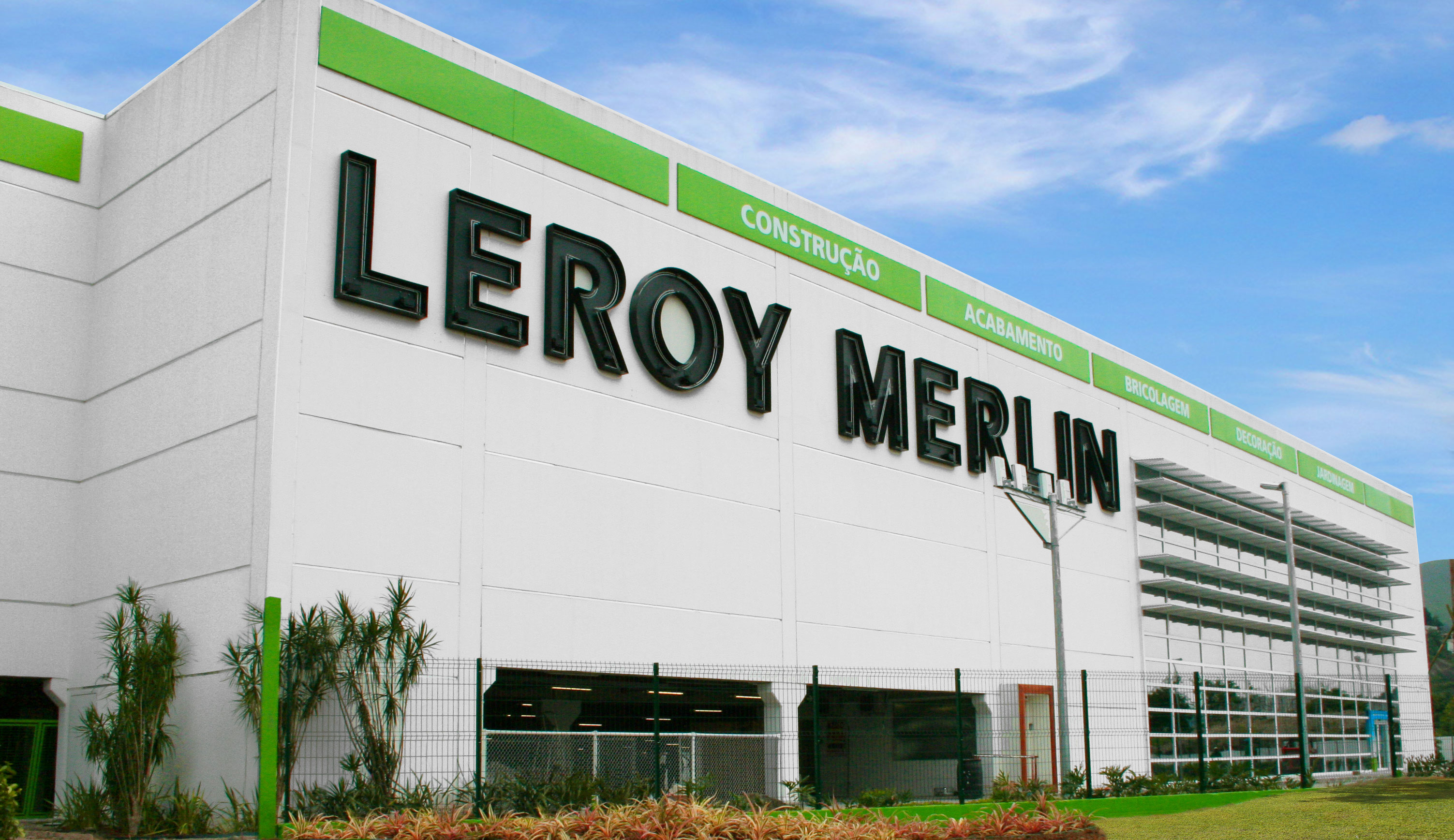 Conhe a o modelo omnichannel da leroy merlin mercado consumo for Leroy merlin facebook