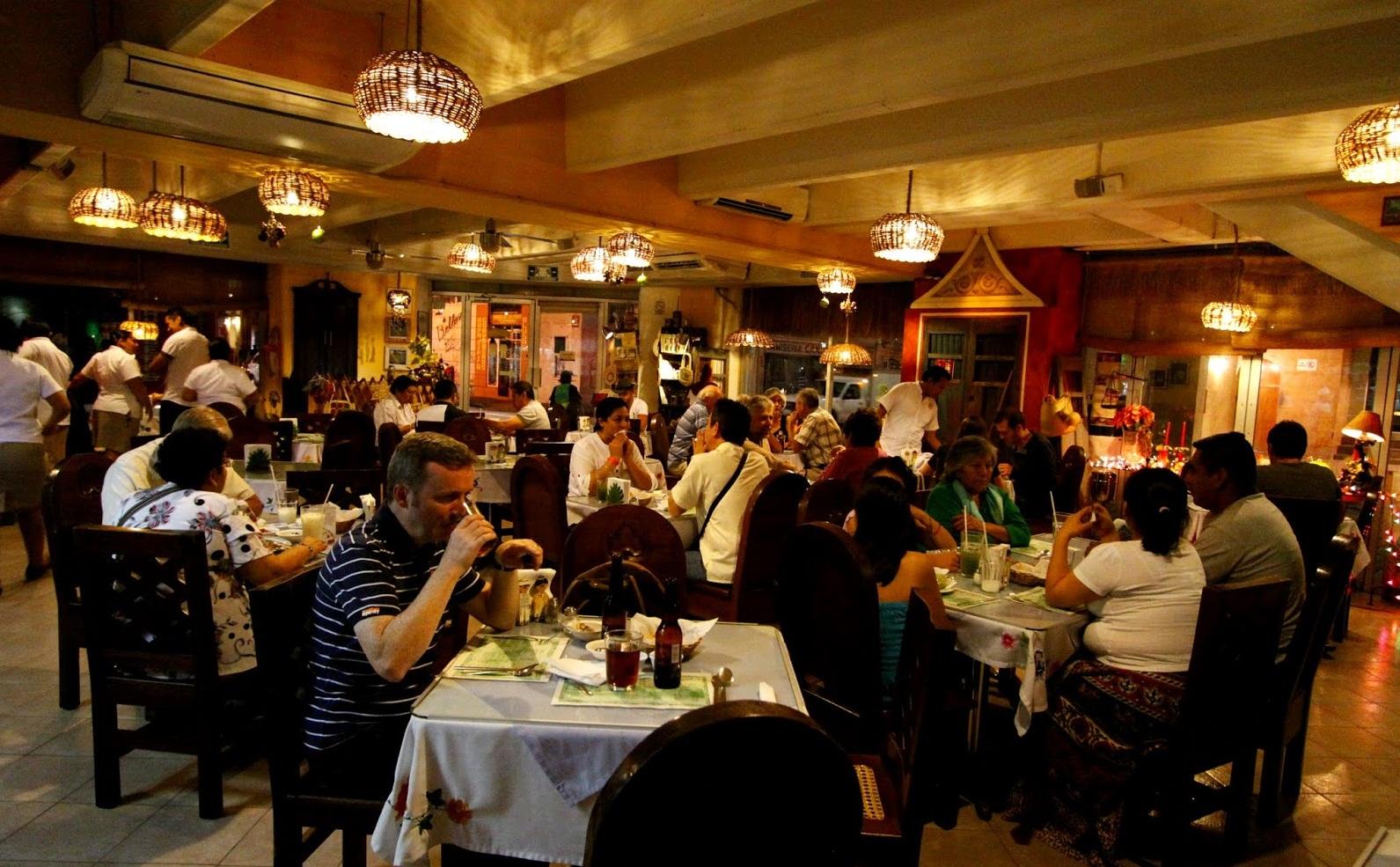 Com melhora da economia restaurantes esperam alta de at for Caracteristicas de un comedor