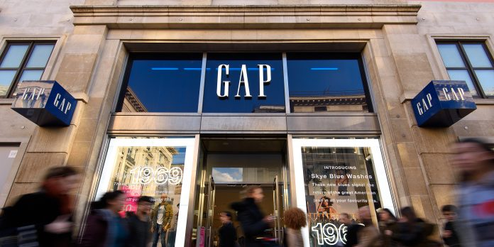 Fashion Store Gap