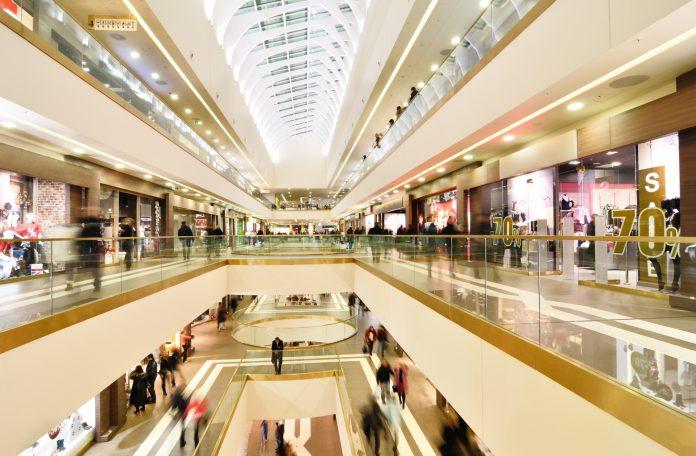 shopping-center-corredores-compras
