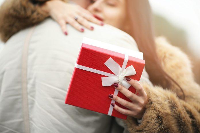 Venda online no dia dos namorados deve crescer 18%