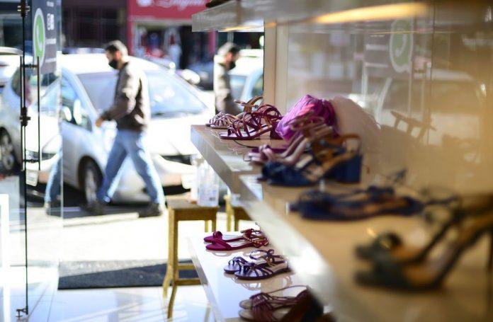 varejo de calçados