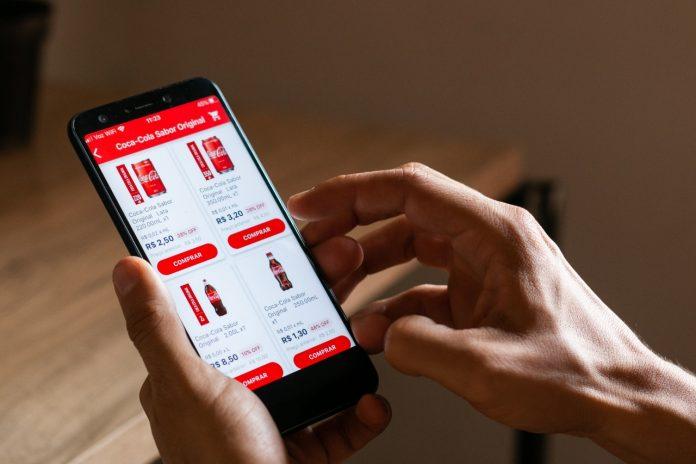 Aplicativo de entrega sem taxa chega ao Brasil com foco em pequenos varejistas